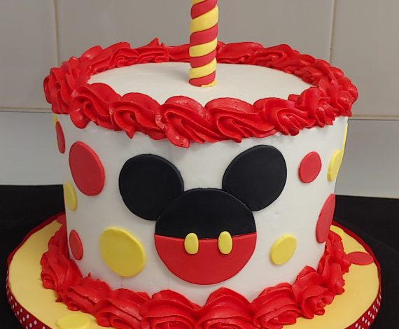Mickey Mouse Smash Cake