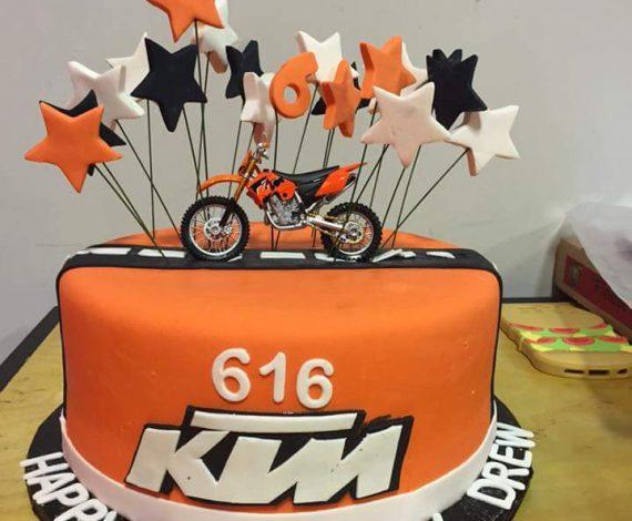 Motor Cross Cake