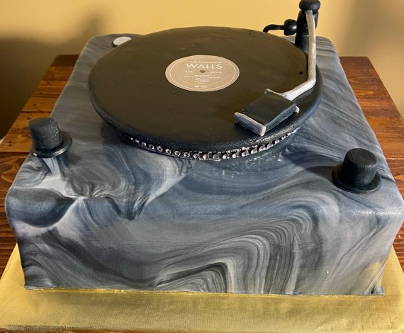 Record Player Turntable Cake